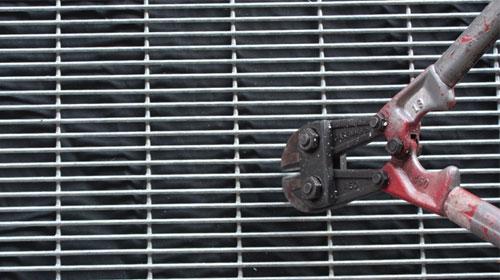 anti-climb-fence-4